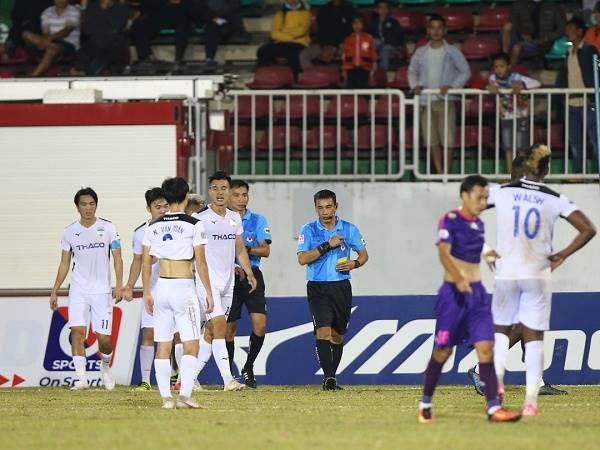 Bóng đá Việt Nam tối 29/10: HAGL còn tệ hơn cả đội xuống hạng V.League