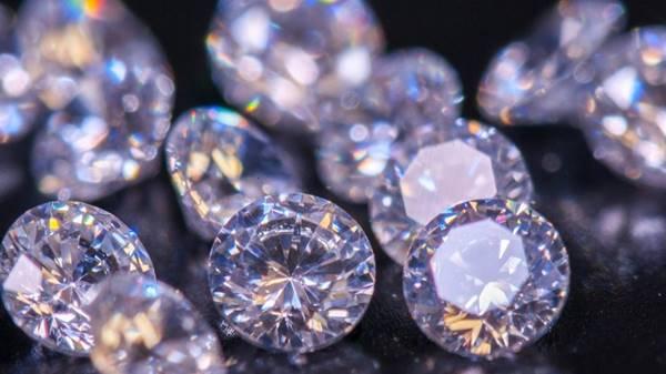 Giải mã ý nghĩa giấc mơ thấy kim cương là điềm báo gì