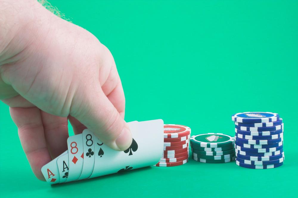 Luật chơi Poker – Cách chơi Poker - cập nhật năm 2021