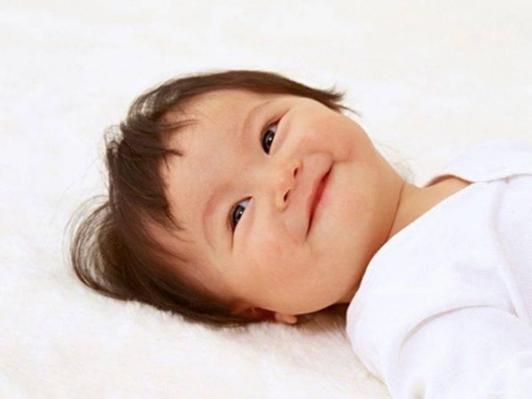 Nằm mơ thấy em bé cười có ý nghĩa gì đánh con gì dễ trúng